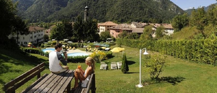 Hotel Garden - Garden.jpg